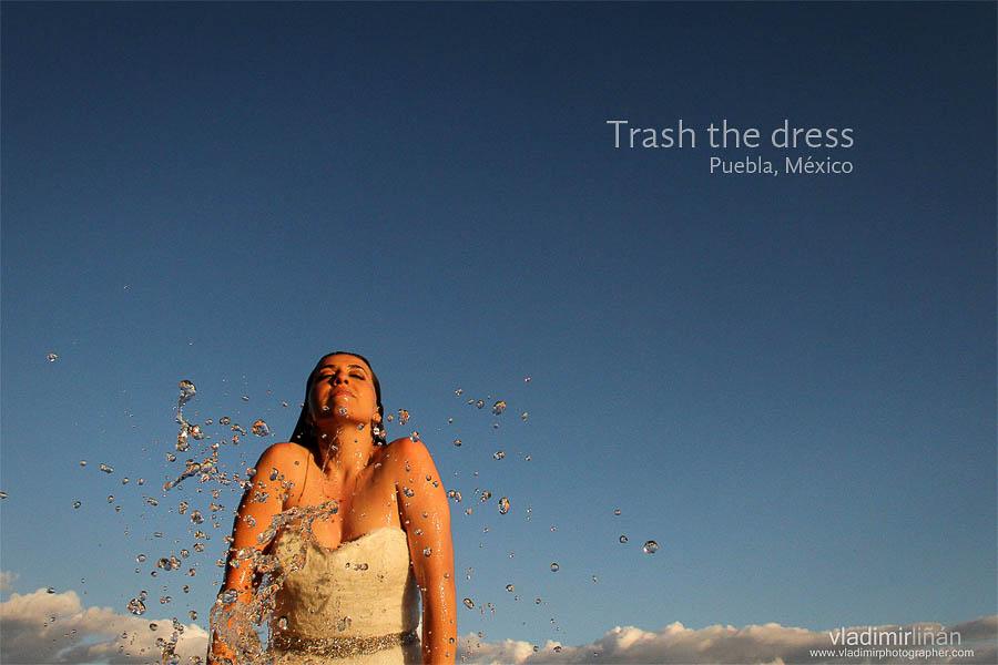 mexico-wedding-trash the dress